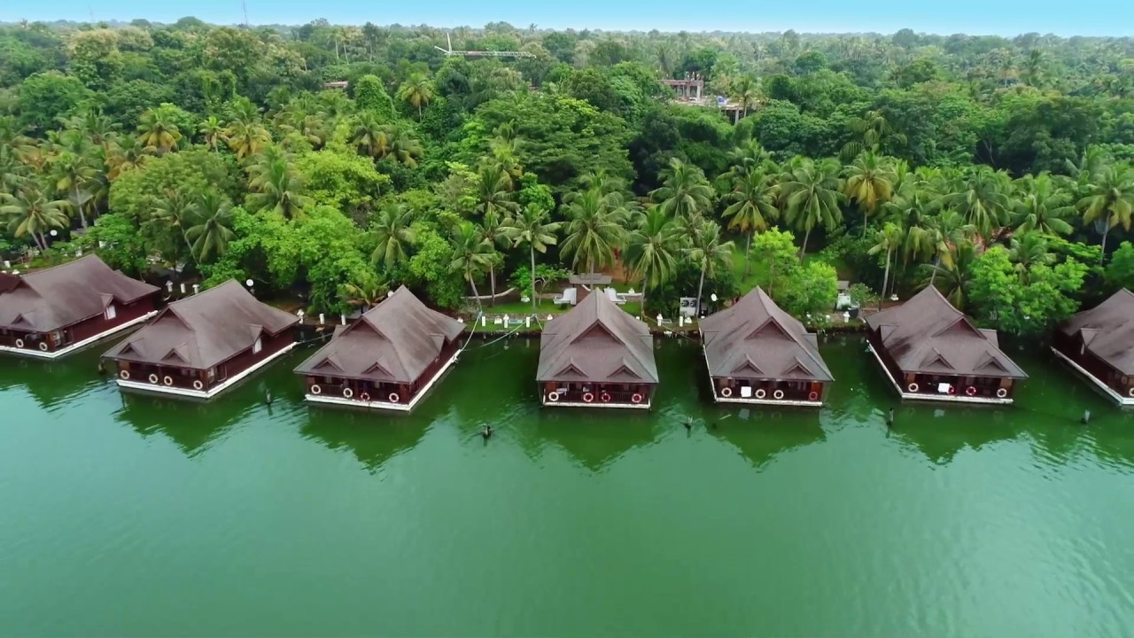 Take a sneak peek into the royal resorts in Kerala